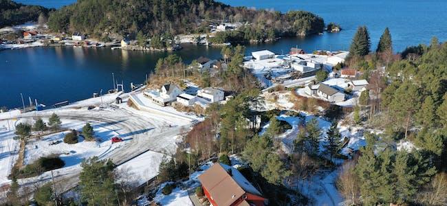 12. februar 2021 dronefoto valestrand valevåg einstadbøvoll oppvekstsenter 12. februar 2021