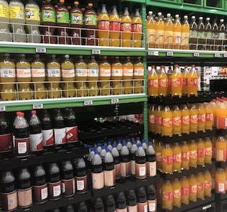 Stortinget har kutta avgifta på sukkerhaldig brus.